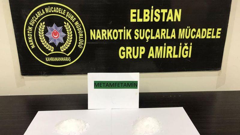 Elbistan'da yol kontrolünde uyuşturucu ile yakalandılar