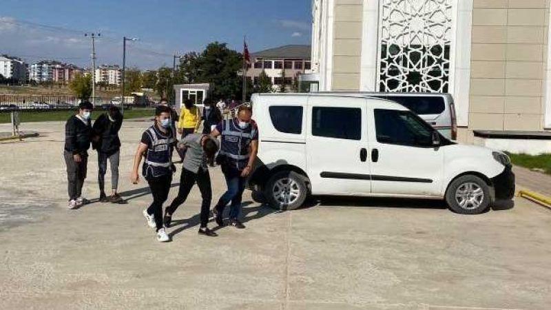 Elbistan'da hırsızlık şebekesinin 3 üyesi tutuklandı