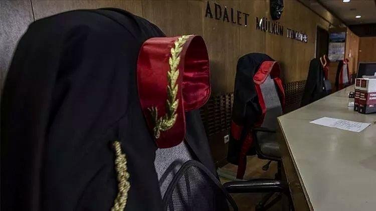 Elbistan'da görev yapan savcı FETÖ irtibatı nedeniyle meslekten ihraç edildi