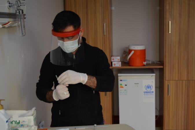 İslahiye'de CoronaVac aşısı sağlık çalışanlarına uygulanmaya başlandı