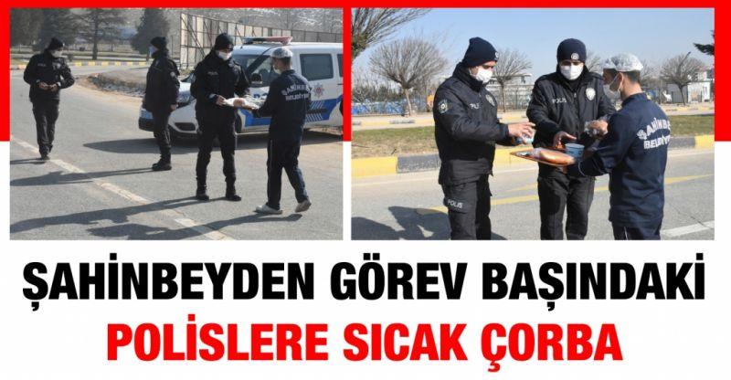 Şahinbey Belediyesi'nden Görev Başındaki Polislere Sıcak Çorba İkramı