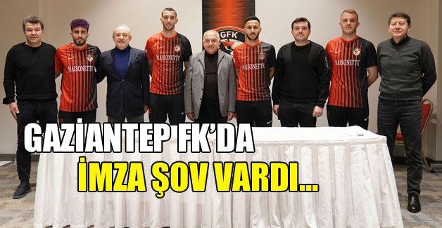 Gaziantep FK'da imza şov