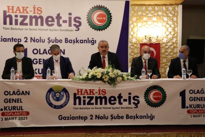 Hak-İş Genel Başkanı Mahmut Arslan'dan yeni anayasaya destek açıklaması :