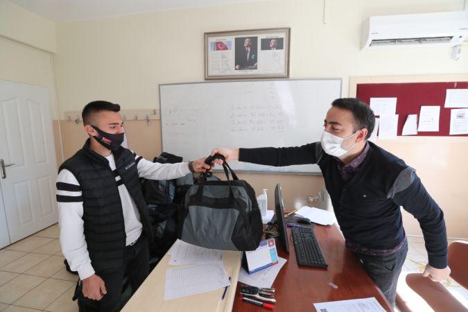 Şahinbey Belediyesi Mehmetçiğe Destek Olmaya Devam Ediyor