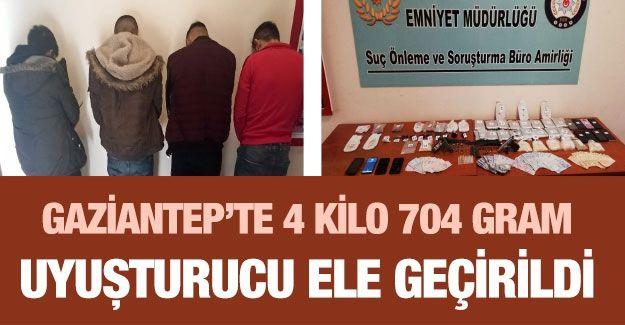 Gaziantep'te 4 kilo 704 gram uyuşturucu ele geçirildi