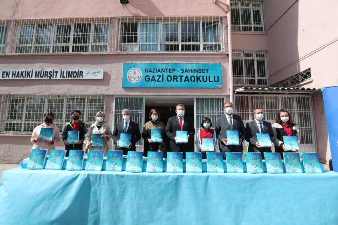 Şahinbey Belediyesi'nin Eğitime Desteği Sürüyor