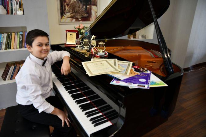 12 yaşındaki Gaziantepli piyanist Kaan'ın gözü Londra'da