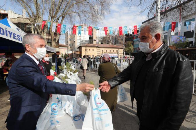 Şahinbey Belediyesi'nden 150.000 Fidan