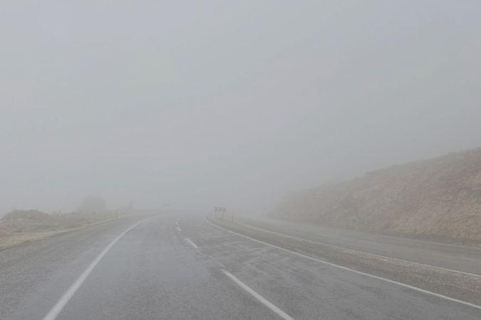 Araban'ın yüksek kesimlerinde yoğun sis etkili oldu