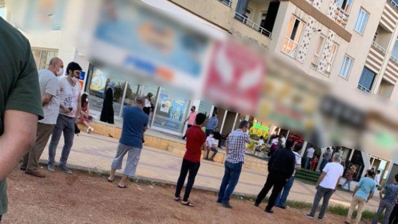 Son Dakika:Gaziantep'te Baklava 150 TL...Gaziantep'li Vatandaşlar 150 TL'lik Baklava Alamıyoruz! Gaziantep'te Ucuz baklava'ya hücum...Yorumlarınız