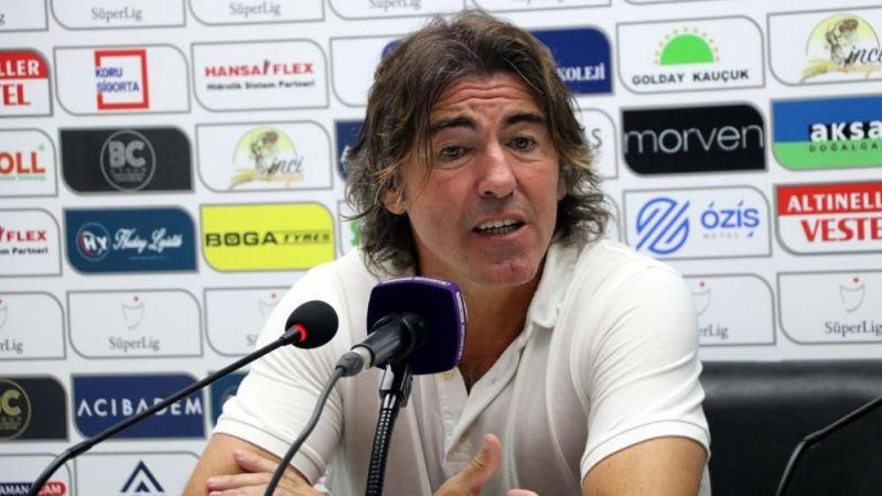 Ricardo Sa Pinto galibiyeti oyuncularına armağan etti