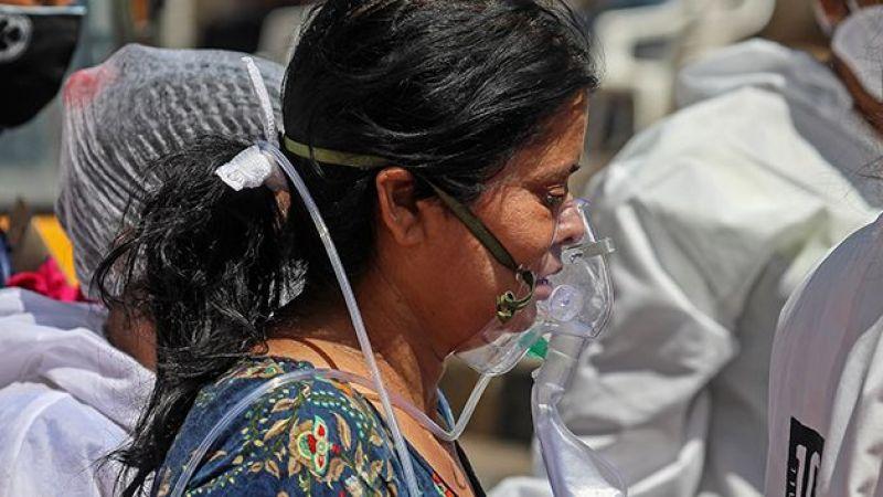 Hindistan'da Covid-19 salgında yeni rekor: son 24 saatte 4 bin 529 ölüm