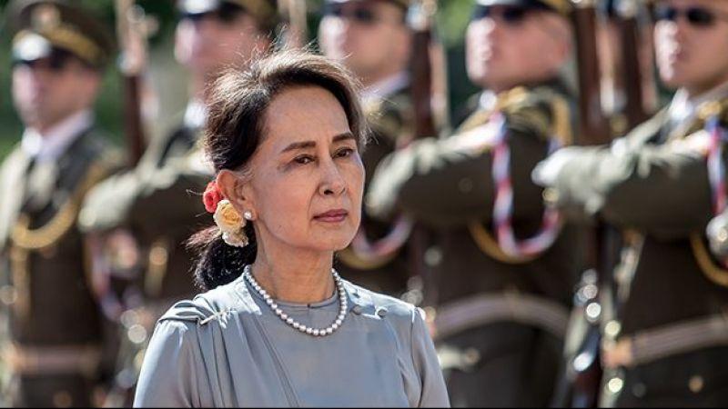 Myanmar'ın devrik lideri Suu Kyi ilk kez duruşmaya katıldı