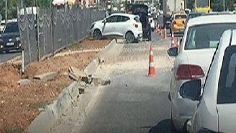 Son Dakika...Gaziantep'te İpek Yolunda Kaza Oldu!Trafik 45 Dakika Kilitlendi!