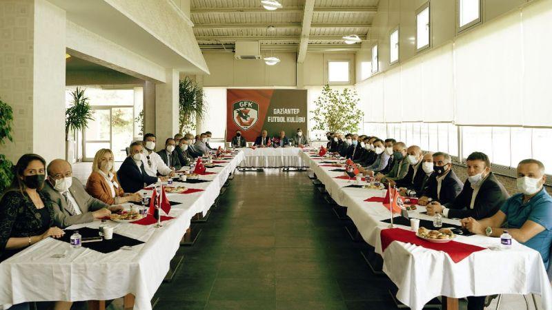 Gaziantep FK'da yönetim sayısı kaça düştü?