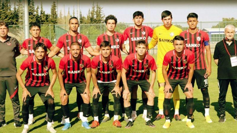 Gaziantep FK'ya gelen vuruyor, giden vuruyor