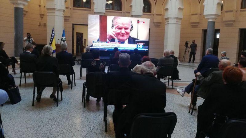 """""""Bosna Kasabı"""" lakaplı Mladic'in temyize götürdüğü müebbet hapis cezası onandı"""
