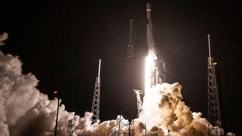 SpaceX, 7 tonluk dijital radyo uydusunu uzaya yolladı