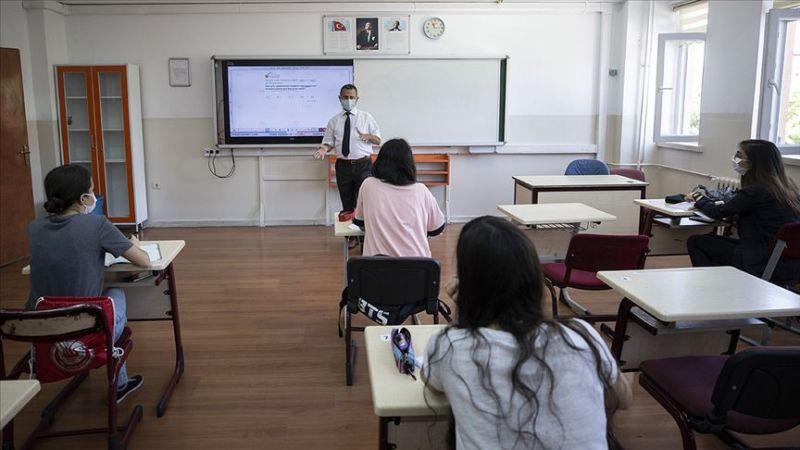 MEB'den karne açıklaması! Lise öğrencilerine karne ve başarı belgeleri dijital ortamda verilecek