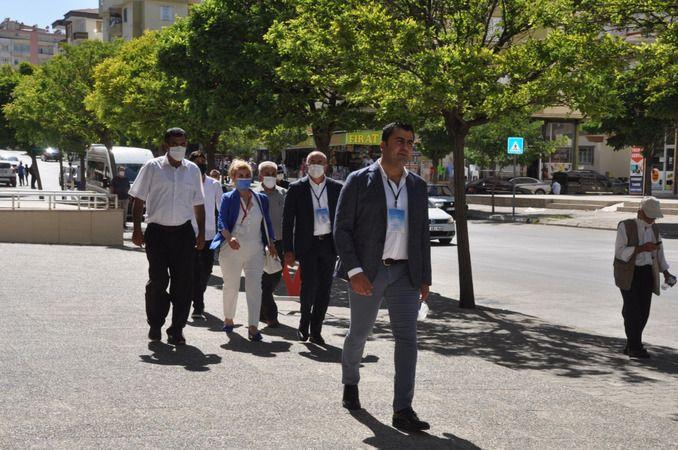 Chp'li Tuncel, başkanlara şehri tanıttı