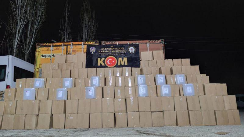 Gaziantep'te 12 ton kaçak etil alkol ele geçirildi