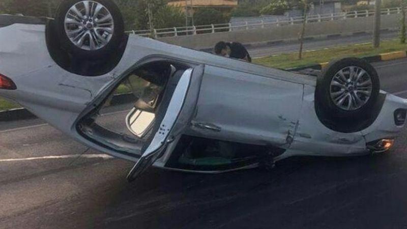 Başpınar yolunda kaza! Araba ters döndü!