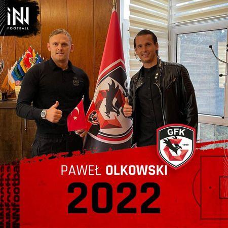 Pawel Olkowski 2022'ye uzattı