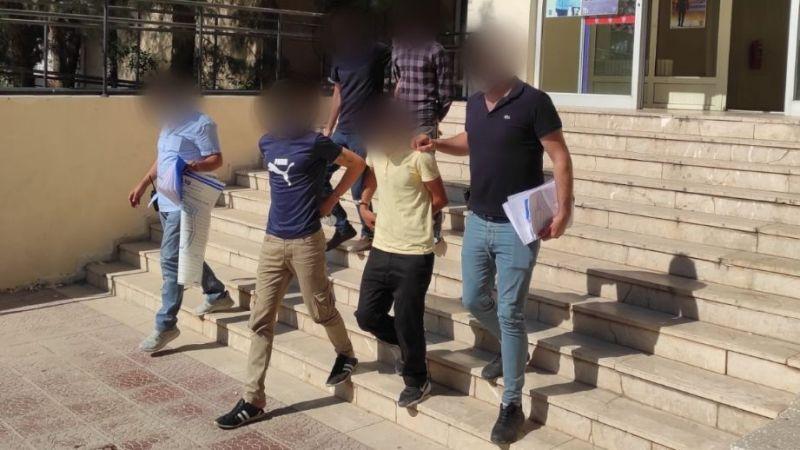 Adeta suç makinesi ...13 ayrı suç kaydı bulunan şahıs hırsızlık yaparken yakalandı...