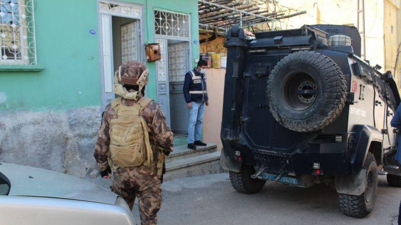 Son Dakika...Gaziantep'te dev narkotik operasyonu: 310 kişi Gözaltına Alındı