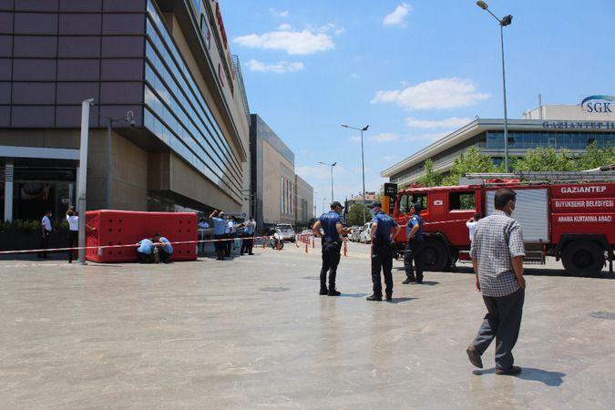 Son Dakika...Gaziantep'te Hangi AVM'de İntihar Girişimi