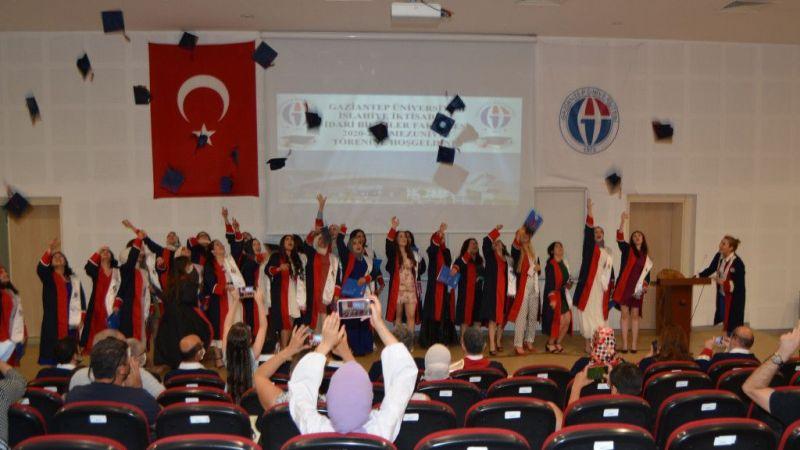 İslahiye İİBF'de mezuniyet töreni düzenlendi
