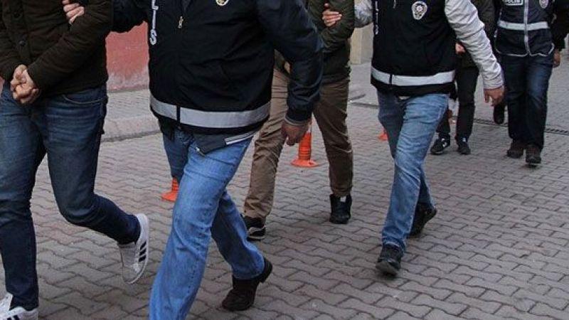 Son Dakika...Gaziantep'te Tefecilere Operasyon! 1'i kamu görevlisi 7 şüpheli gözaltına alındı.