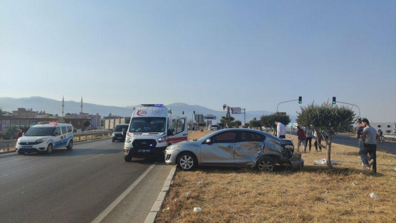 Son Dakika:Gaziantep'te cip ile otomobil çarpıştı yaralılar var