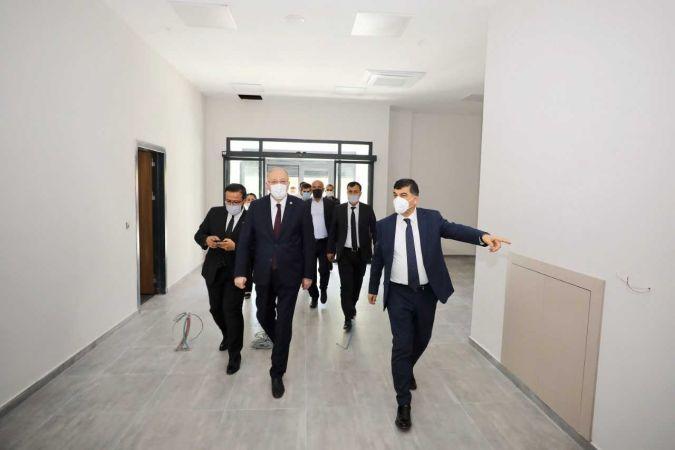 AK Parti Gaziantep milletvekili Koçer, 8 Şubat Gençlik Kütüphanesi ve Bilim Merkezi'ni inceledi