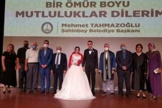 Çevre ve Şehircilik il müdür yardımcısı Kurtoğlu'nun mutlu günü