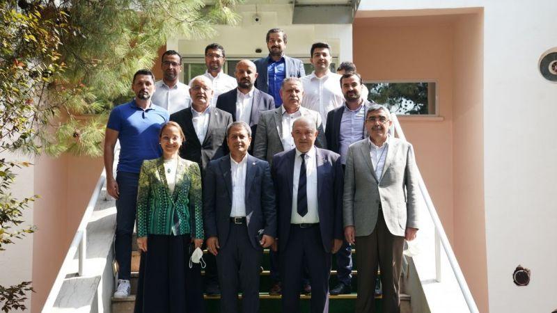 AK Parti'den Gaziantep FK'ya ziyaret