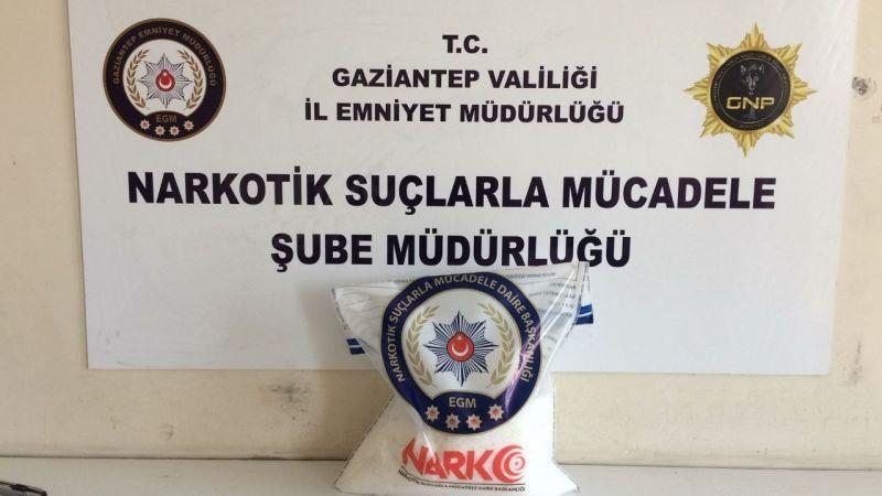 Gaziantep'te 8 kilo metamfetamin ele geçirildi