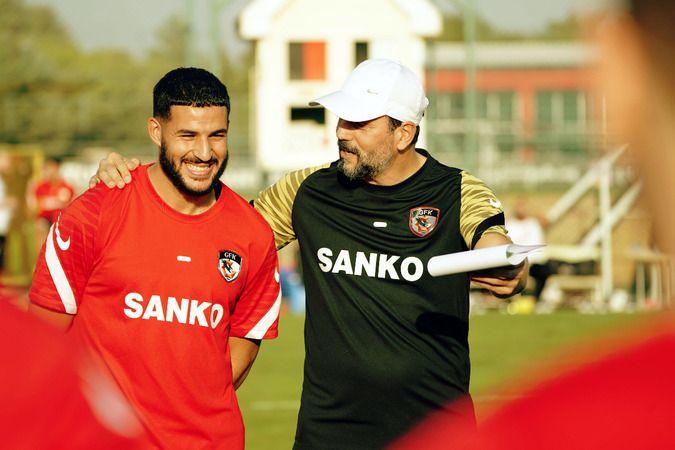 Ahmed El Messaoudi nasibini aldı!