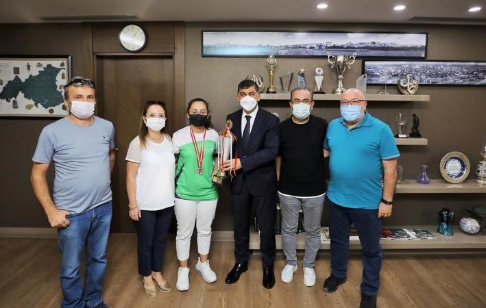 Rıdvan Fadıloğlu, Türkiye şampiyonunu ağırladı
