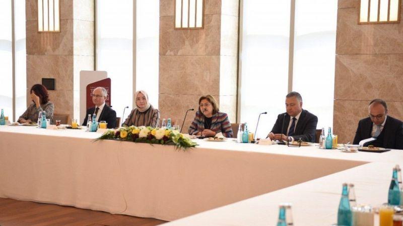Başkan Fatma Şahin tasarımcılarla bir araya geldi