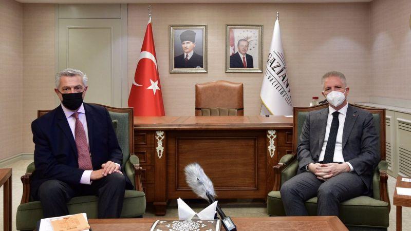 BM Mülteciler Yüksek Komiseri Grandi, Gaziantep Valisi Gül'ü ziyaret etti