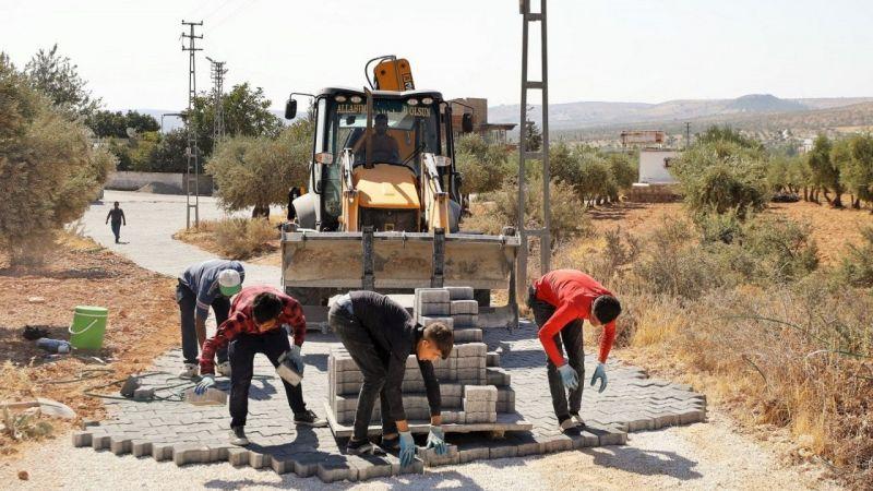 Aşağı Arıl Mahallesi'nde kilitli parke taşı çalışmaları başladı
