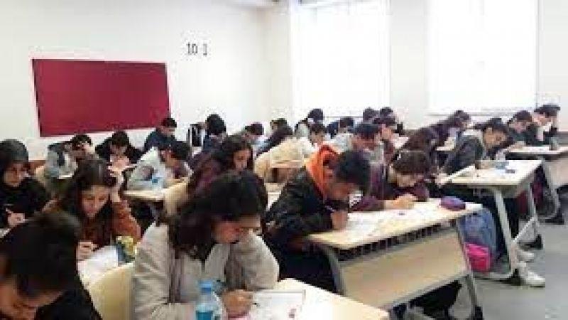 Son Dakika: Gaziantep'te Okullarda Kapanan Sınıf Sayısı Artıyor! Gaziantep'te okullarda 60 kişilik sınıflarda korona korkusu