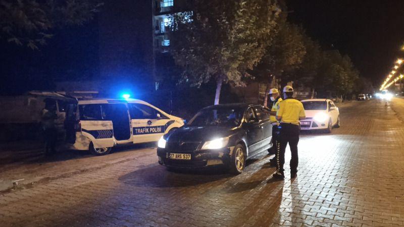 Gaziantep Karayolunda trafik ekipleri alkol uygulaması yaptı