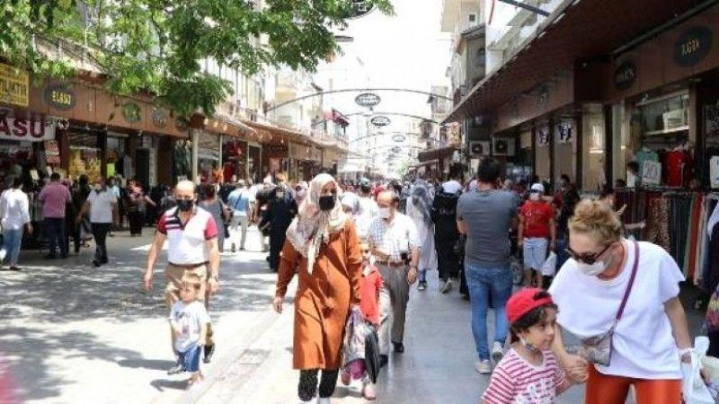 Son Dakika: Gaziantep Komşularına rağmen  direniyor! 'Mavi' şehir Kahramanmaraş artık turuncu...
