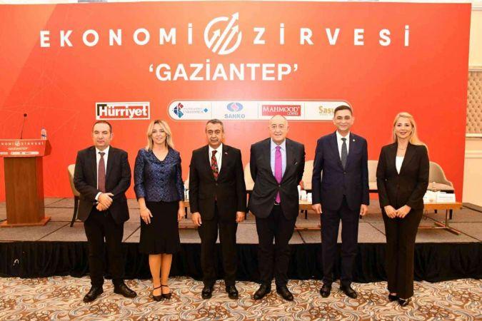 GAİB Koordinatör Başkanı Kileci, Ekonomi Zirvesi'nde konuştu:
