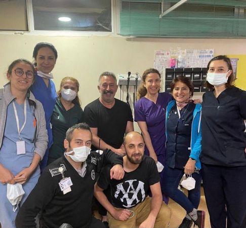 Cem Yılmaz koronavirüs aşısı oldu