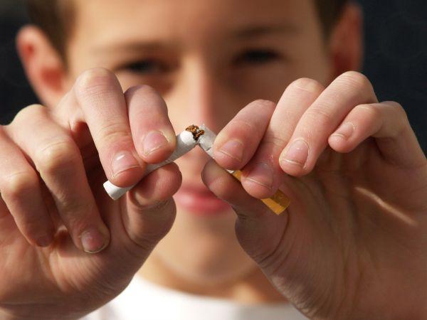 """""""Erkeklerin yüzde 35, kadınların yüzde 15'i sigaradan hayatını kaybediyor"""""""