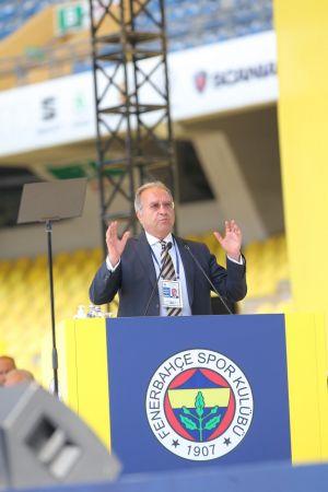 Fenerbahçe'nin 2021 yılı bütçesi ve borçlanması oy çokluğuyla kabul edildi (FOTOĞRAFLAR)
