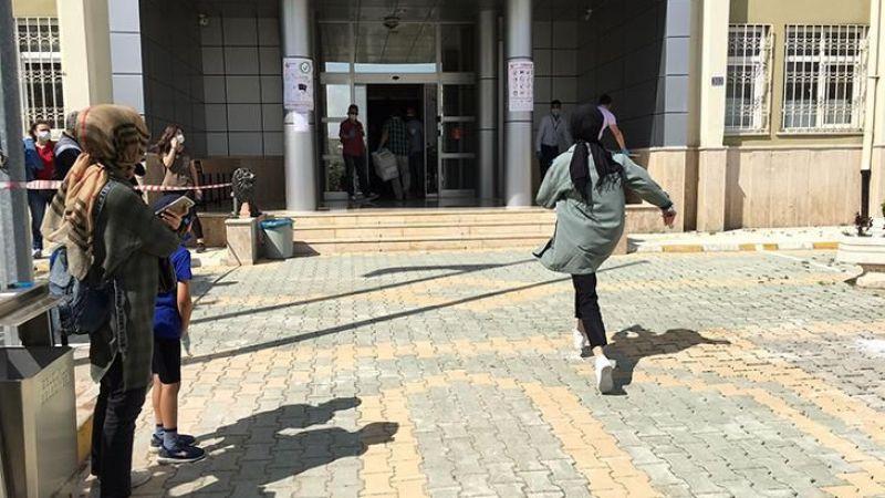 YKS Sınavına yetişemeyen öğrenciler gözyaşlarına boğuldu